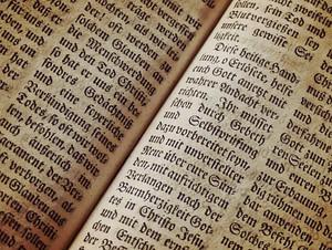 Bible1960635__340